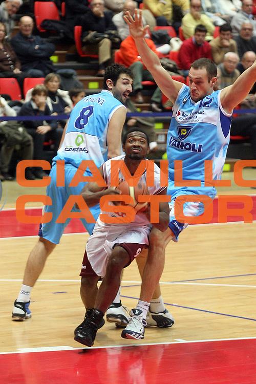 DESCRIZIONE : Livorno Lega A2 2007-08 TDShop.it Livorno Vanoli Soresina<br /> GIOCATORE : Boyette Jermaine<br /> SQUADRA : TDShop.it Livorno<br /> EVENTO : Campionato Lega A2 2007-2008<br /> GARA : TDShop.it Livorno Vanoli Soresina<br /> DATA : 09/12/2007<br /> CATEGORIA : Penetrazione<br /> SPORT : Pallacanestro<br /> AUTORE : Agenzia Ciamillo-Castoria/Stefano D'Errico
