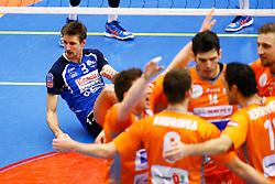 20141228 BEL: Beker, Knack Roeselare - Volley BeHappy2 Asse - Lennik: Roeselare<br /> Joppe Paulides (3) Knack Roeselare<br /> ©2014-FotoHoogendoorn.nl / Pim Waslander
