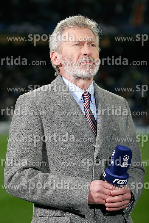 10.03.2010, Santiago Bernabeu Stadion, Madrid, ESP, UEFA CL, Real Madrid vs Olympique Lyon, im Bild Paul Breitner, EXPA Pictures © 2010, PhotoCredit: EXPA/ Alterphotos/ Alvaro Hernandez / for Slovenia SPORTIDA PHOTO AGENCY.