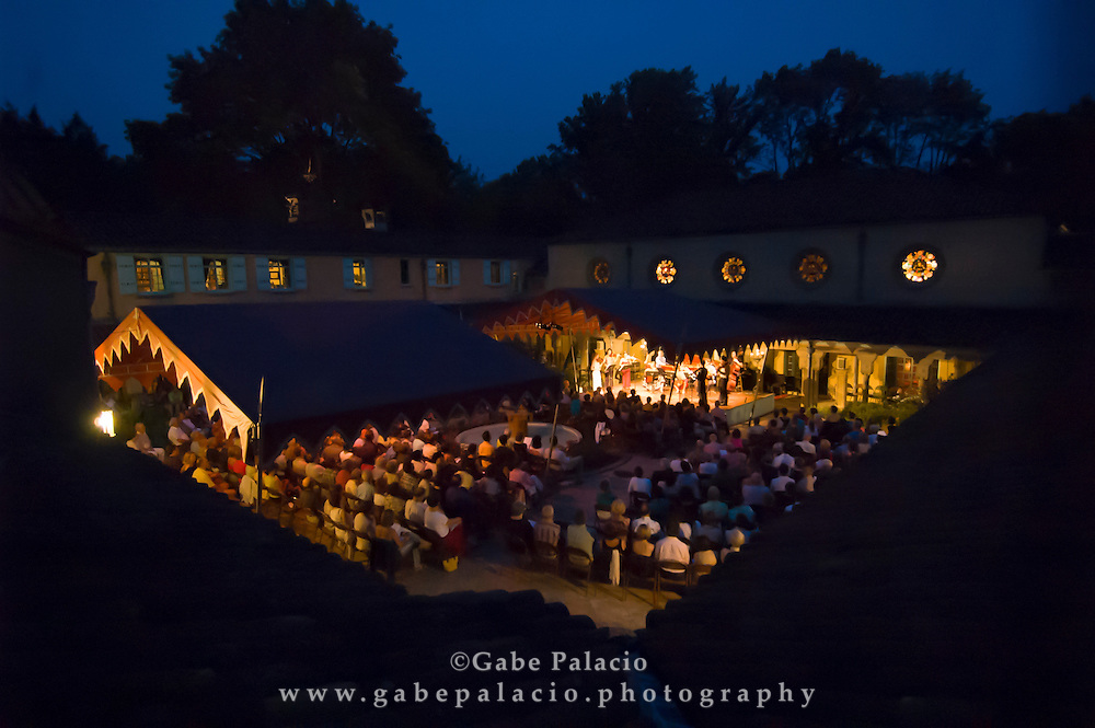 A summer evening performance in the Spanish Courtyard at Caramoor in Katonah, New York. (Photo by Gabe Palacio)
