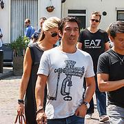 NLD/Volendam/20150703 - Uitvaart Jaap Buijs, aankomst