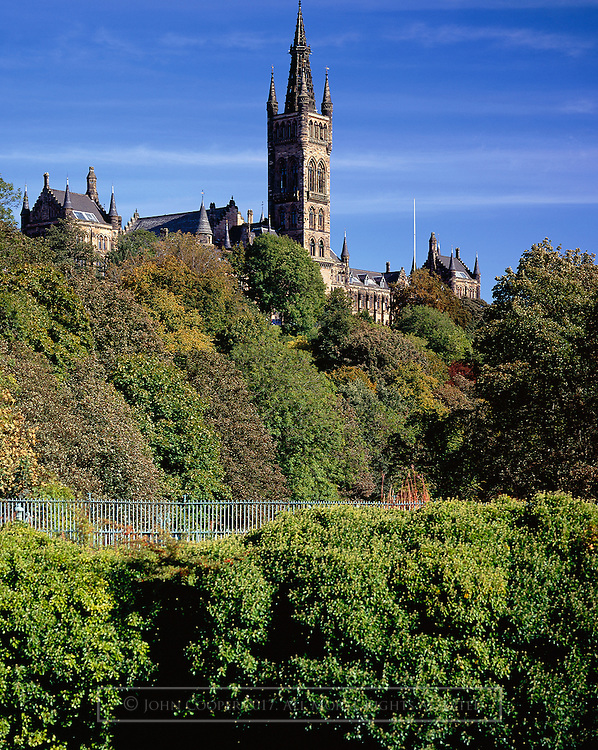 Colour photograph of the University of Glasgow tower.