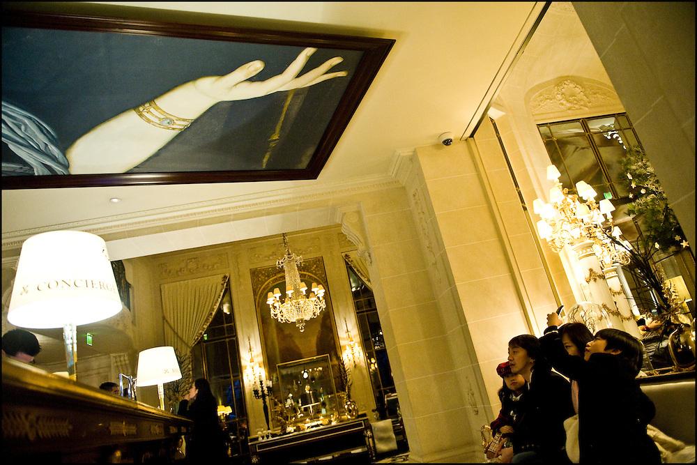 Hotel le Meurice reception desk, rue de Rivoli, Paris on December 22th, 2010. ©Benjamin Girette