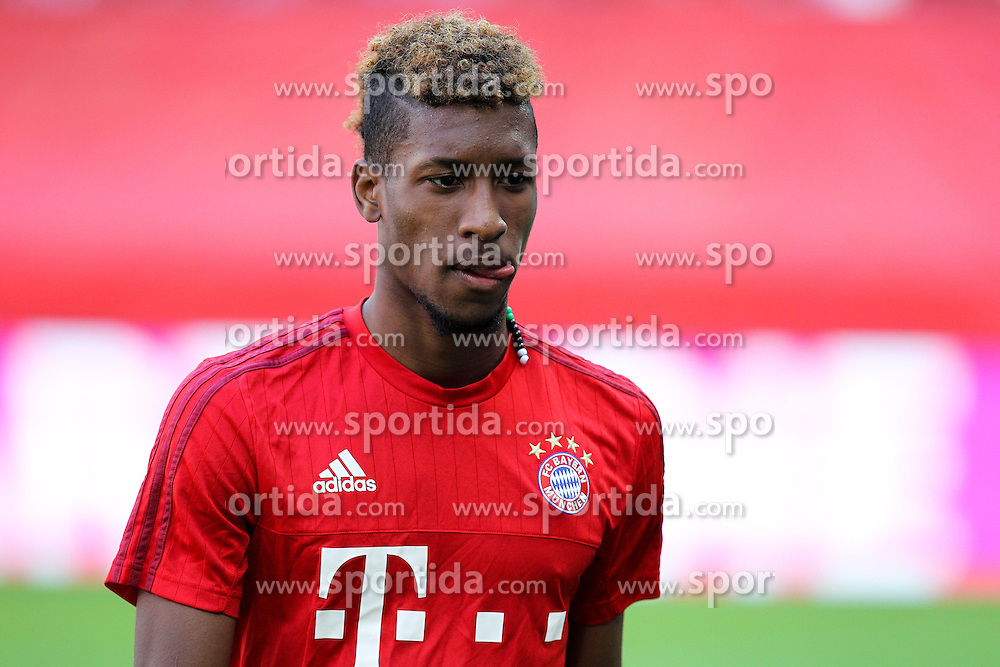 12.09.2015, Allianz Arena, Muenchen, GER, 1. FBL, FC Bayern Muenchen vs FC Augsburg, 4. Runde, im Bild Kingsley Coman #29 (FC Bayern Muenchen) // during the German Bundesliga 4th round match between FC Bayern Munich and FC Augsburg at the Allianz Arena in Muenchen, Germany on 2015/09/12. EXPA Pictures &copy; 2015, PhotoCredit: EXPA/ Eibner-Pressefoto/ Kolbert<br /> <br /> *****ATTENTION - OUT of GER*****