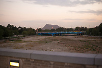 Iran, Isfahan, 30.08.2016: Brücken über dem ausgetrockneten Fluss Zayandeh Rud. Provinz Isfahan, Esfahan, Zentral-Iran.