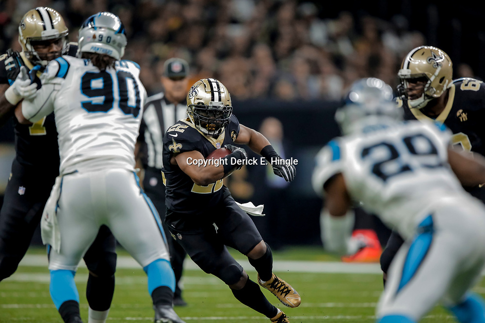 Dec 30, 2018; New Orleans, LA, USA; New Orleans Saints running back Mark Ingram II (22) against the Carolina Panthers during the second quarter at the Mercedes-Benz Superdome. Mandatory Credit: Derick E. Hingle-USA TODAY Sports