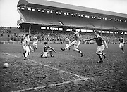 Neg No: .722/9803-9807...20031955CSF...20.03.1955..Colleges Semi-Final .Munster v. Leinster at Croke Park..