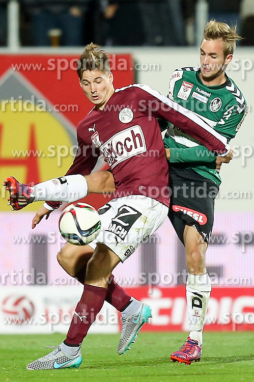 17.10.2015, Keine Sorgen Arena, Ried, AUT, 1. FBL, SV Josko Ried vs SV Mattersburg, 12. Runde, im Bild v.l. Thorsten Röcher (SV Mattersburg), Bernhard Janeczek (SV Josko Ried) // during the Austrian Football Bundesliga 12th Round match between SV Josko Ried and SV Mattersburg at the Keine Sorgen Arena in Ried, Austria on 2015/10/17. EXPA Pictures © 2015, PhotoCredit: EXPA/ Roland Hackl