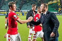 DEN HAAG - 30-10-2016, ADO Den Haag - AZ , Kyocera Stadion, 0-1, AZ speler Robert Muhren, AZ trainer John van den Brom