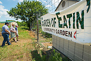 Garden of Eatin' is a community garden started by Washington County Master Gardeners and sponsored by Bartlesville First Church. The Master Gardeners provide much of the work, and leadership while the Methodist church provides the land, water and many of the other resources. Gardeners are offered plots for their own use in exchange for working on the community areas of the garden. Thousands of pounds of produce have been donated to several area charities from the garden.
