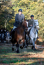 UK ENGLAND SURREY TILFORD 13NOV04 - Mounted members of a foxhunting party prepare to jump over an obstacle during foxhunting in rural Surrey with the Surrey Hunters Union, founded in 1798. ....jre/Photo by Jiri Rezac ....© Jiri Rezac 2004....Contact: +44 (0) 7050 110 417..Mobile:  +44 (0) 7801 337 683..Office:  +44 (0) 20 8968 9635....Email:   jiri@jirirezac.com..Web:    www.jirirezac.com....© All images Jiri Rezac 2004 - All rights reserved.