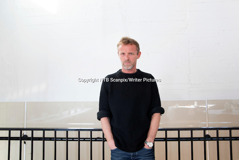 Oslo  20150303.<br /> Forfatter Jo Nesbo er aktuell med krimboken &quot;Blod p&Acirc; sn&macr;&quot;. <br /> Foto: H&Acirc;kon Mosvold Larsen / NTB scanpix<br /> <br /> NTB Scanpix/Writer Pictures<br /> <br /> WORLD RIGHTS, DIRECT SALES ONLY, NO AGENCY