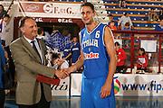 DESCRIZIONE : Porto San Giorgio 3° Torneo Internazionale dell'Adriatico Italia-Croazia<br /> GIOCATORE : Tomas Ress<br /> SQUADRA : Nazionale Italiana Uomini Italia<br /> EVENTO : Porto San Giorgio 3° Torneo Internazionale dell'Adriatico<br /> GARA : Italia Croazia<br /> DATA : 06/06/2007 <br /> CATEGORIA : Award<br /> SPORT : Pallacanestro <br /> AUTORE : Agenzia Ciamillo-Castoria/E.Castoria