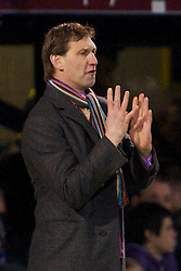 PORTSMOUTH, ENGLAND - Saturday, February 7, 2009: Portsmouth's manager Tony Adams during the Premiership match against Portsmouth at Fratton Park. (Mandatory credit: David Rawcliffe/Propaganda)