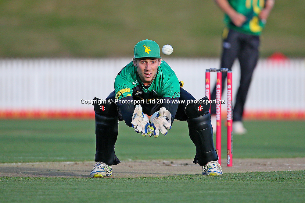 Central Stags' Dane Cleaver during the McDonalds Super Smash T20 cricket match - Knights v Stags played at Seddon Park, Hamilton, New Zealand on Friday 23 December.<br /> <br /> Copyright photo: Bruce Lim / www.photosport.nz