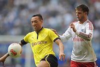 FUSSBALL   1. BUNDESLIGA   SAISON 2012/2013   LIGA TOTAL CUP  Hamburger SV - Borussia Dortmund        04.08.2012 Julian Schieber (li, Dortmund) gegen Dennis Diekmeier  (re, Hamburg)
