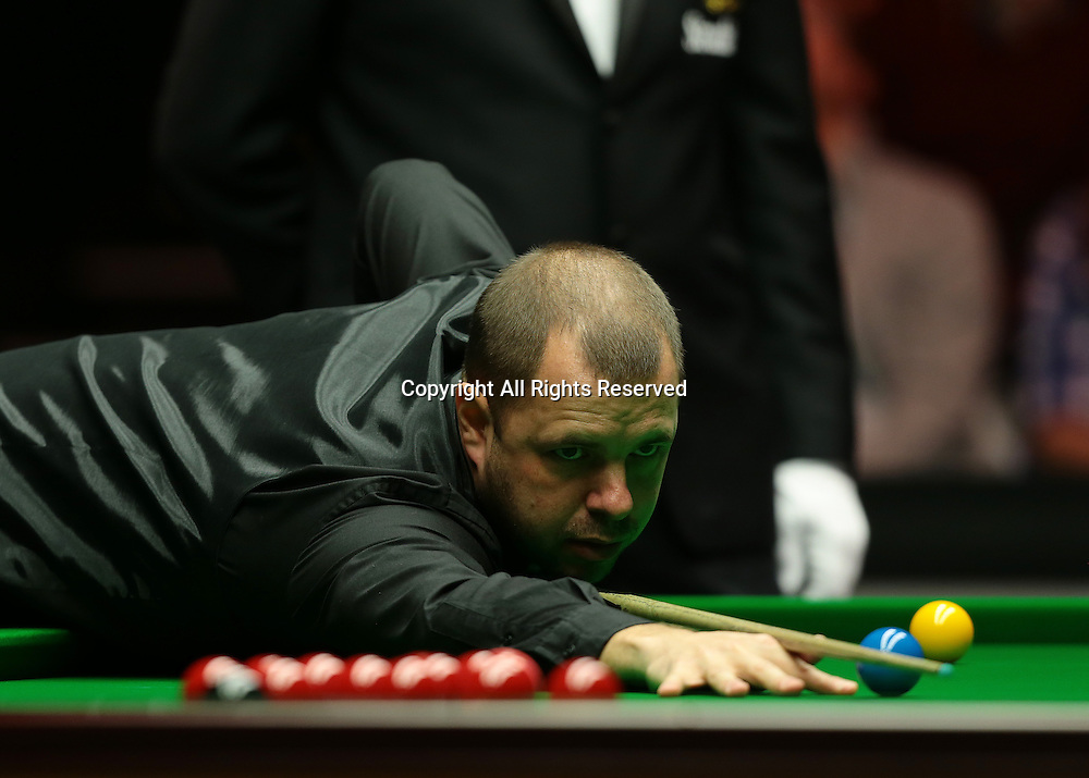 16.01.2016.  Alexandra Palace, London, England. Masters Snooker. Semi Finals. Barry Hawkins during frame two