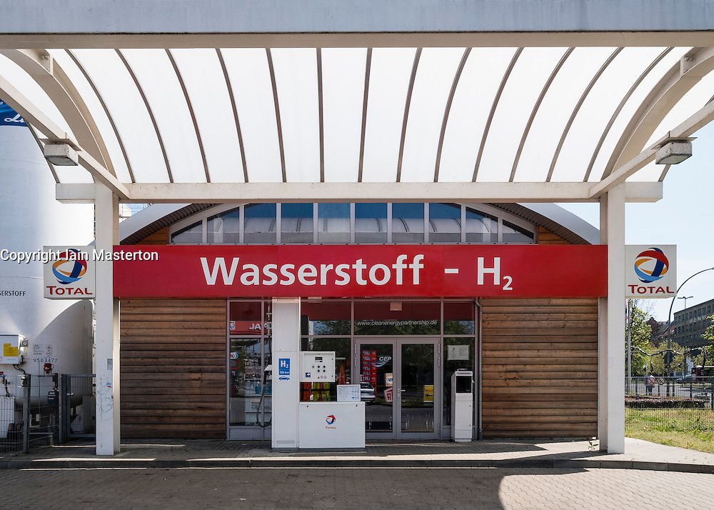 Wasserstoff Hydrogen fuel filling station by Total in Berlin Germany