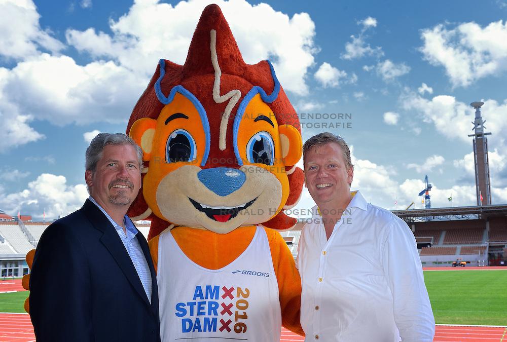 "06-07-2015 NED: Presentatie EK Atletiek ""One year to go"", Amsterdam<br /> Kick off  EK Atletiek 2016 in het Olympische stadion Amsterdam. Over 1 jaar zal het EK Atletiek plaats vinden / Brooks sponsor van het EK Atletiek 2016"