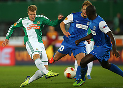 07.11.2013, Ernst Happel Stadion, Wien, AUT, UEFA Europa League, SK Rapid Wien vs KRC Genk, Gruppe G, im Bild Brian Behrendt, (SK Rapid Wien, #3), Julien Gorius, (KRC Genk, #10) und Kalidou Koulibaly, (KRC Genk, #5) // during a UEFA Europa League group G game between SK Rapid Vienna and KRC Genk at the Ernst Happel Stadion, Wien, Austria on 2013/11/07. EXPA Pictures © 2013, PhotoCredit: EXPA/ Thomas Haumer