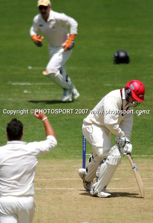 Jessie Ryder bowls out Corey Anderson.<br /> State Championship cricket match. Wellington Firebirds v Canterbury Wizards. Allied Prime Basin Reserve, Wellington. Thursday 29 November 2007. Photo: Dave Lintott/PHOTOSPORT