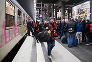 BERLIN, TYSKLAND - 2017-12-06: Lars-Erik L&ouml;fgren, supporter till &Ouml;stersunds FK anl&auml;nder till Berlin efter en 23 timmar l&aring;ng t&aring;gresa inf&ouml;r UEFA Europa League group J matchen mellan Hertha BSC och &Ouml;stersunds FK p&aring; Olympiastadion den 6 december, 2017 i Berlin, Tyskland. Foto: Nils Petter Nilsson/Ombrello<br /> ***BETALBILD***