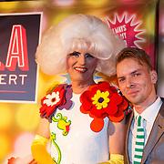 NLD/Amsterdam20151111 - Premiere Priscilla, Queen of the Desert, Dolly Bellefleur en .............