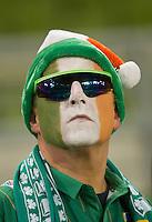 Fussball International, Nationalmannschaft   EURO 2012 Play Off, Qualifikation, Irland - Estland 15.11.2011 Ein Irischer Fussballfan vor dem Spiel