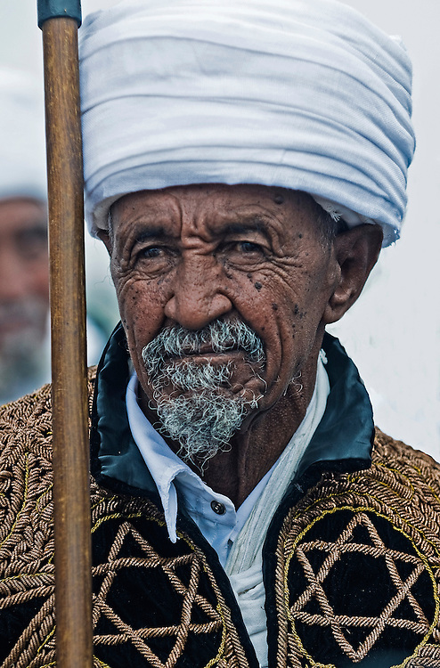 """JERUSALEM - NOV 24 : Portrate of """"Kess"""" the religious leader of the Ethiopian Jews during the """"Sigd"""" holiday in Jerusalem Israel on November 24 2011 , The Jewish Ethiopean community celebrates the """"Sigd"""" annualy in Jerusalem"""