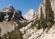 Garnet Canyon, Middle Teton, hikers, Grand Teton National Park, Wyoming, USA