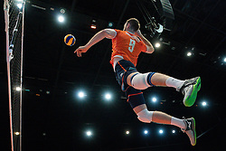 11-08-2019 NED: FIVB Tokyo Volleyball Qualification 2019 / Netherlands - USA, Rotterdam<br /> Final match pool B in hall Ahoy between Netherlands vs. United States (1-3) and Olympic ticket  for USA / Ewoud Gommans #9 of Netherlands