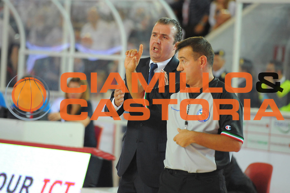 DESCRIZIONE : Teramo Lega A 2011-12 Bancatercas Teramo Montepaschi Siena<br /> GIOCATORE : Simone Pianigiani Gianluca Mattioli<br /> CATEGORIA : coach<br /> SQUADRA : Montepaschi Siena<br /> EVENTO : Campionato Lega A 2011-2012<br /> GARA : Bancatercas Teramo Montepaschi Siena<br /> DATA : 08/10/2011<br /> SPORT : Pallacanestro<br /> AUTORE : Agenzia Ciamillo-Castoria/GiulioCiamillo<br /> Galleria : Lega Basket A 2011-2012<br /> Fotonotizia : Teramo Lega A 2011-12 Bancatercas Teramo Montepaschi Siena<br /> Predefinita :