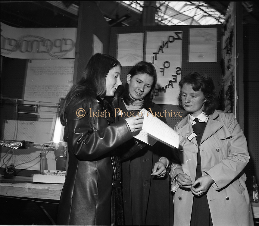 1973.5/1/73.1/5/73.5th January 1973 .The Aer Lingus Young Scientist Exhibition at the RDS, Dublin ..Picture shows L-R Mary Hayes, Eileen Brennan and Marie Corkery, all from the Convent of Mercy, Clonakilty, Co. Cork who took part in the Young Scientist Exhibition. ..