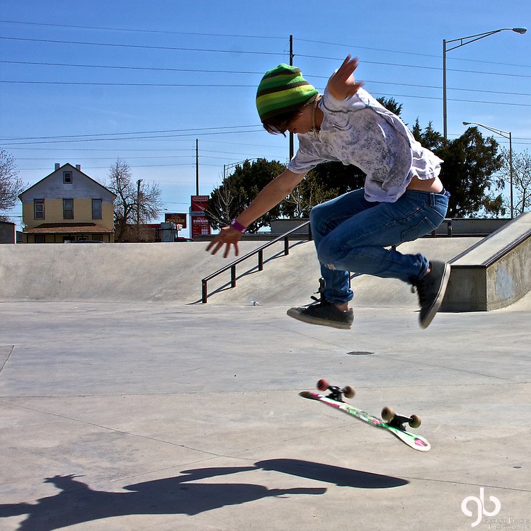 I met this kid named Anthony while I was waiting for a lunch meeting to start.  Since Subway is adjacent to the Skate Park I showed up a few minutes early with my camera.