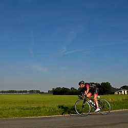30-08-2016: Wielrennen: Ladies Tour: Tiel      <br /> TIEL (NED) wielrennen    <br /> De Boels Ladies Tour begon met een etappe door de Betuwe