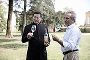 On June 18, 2017, Chinese businessman James Zhou organized a prestigious concert of Russian violini- st Maxim Vengerov at the Grand éâtre de Borde- aux. e opportunity for this tycoon of the packa- ging to make his guests tasting the wines of his castle Renon and to emer- ge from the shadow before the every one else, in the most emblematic cultural place of the city.
