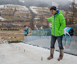 11.01.2015, Kulm, Bad Mitterndorf, AUT, FIS Ski Flug Weltcup, bei der Besichtigung der Anlaufspur, im Bild Hubert Neuper // during the visit of the in run of the FIS Ski Flying World Cup at the Kulm, Bad Mitterndorf, Austria on 2015/01/11, EXPA Pictures © 2015, PhotoCredit: EXPA/ Dominik Angerer