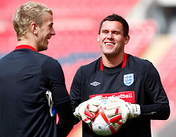 02.09.2010, Wembley Stadion, London, ENG, Training Nationalmannschaft England, im Bild Ben Foster of England having joke with Joe Hart of England, EXPA Pictures © 2010, PhotoCredit: EXPA/ IPS *** ATTENTION *** UK AND FRANCE OUT! / SPORTIDA PHOTO AGENCY