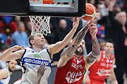 Jared Berggren e Miroslav Raduljica, EA7 Emporio Armani Milano vs Germani Basket Brescia LBA serie A 4^ giornata di ritorno stagione 2016/2017 Mediolanum Forum Assago, Milano 12/02/2017