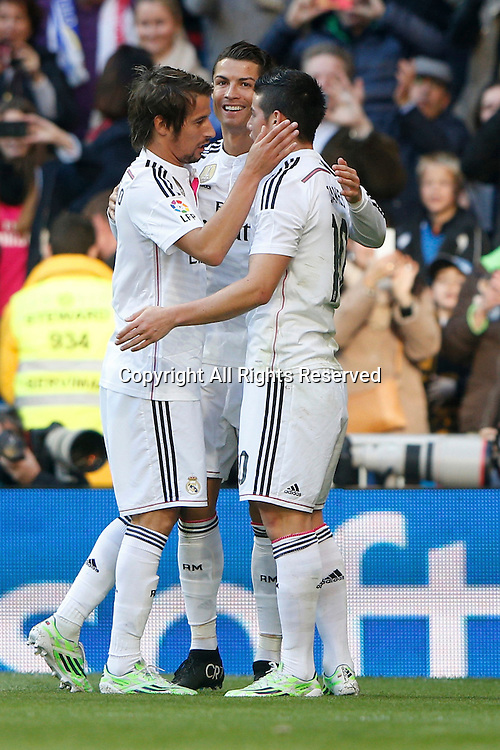 10.01.2014. Madrid, Spain.  10 James Rodriguez Midfielder of Real Madrid celebrates the 12th minute goal after scoring his team´s goal. La Liga  match played between Real Madrid versus Espanyol at Santiago Bernabeu stadium.