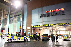© Licensed to London News Pictures. 18/10/2019. Manchester, UK. Police evacuate the Arndale Centre in Manchester City Centre this evening. Photo credit: Joel Goodman/LNP