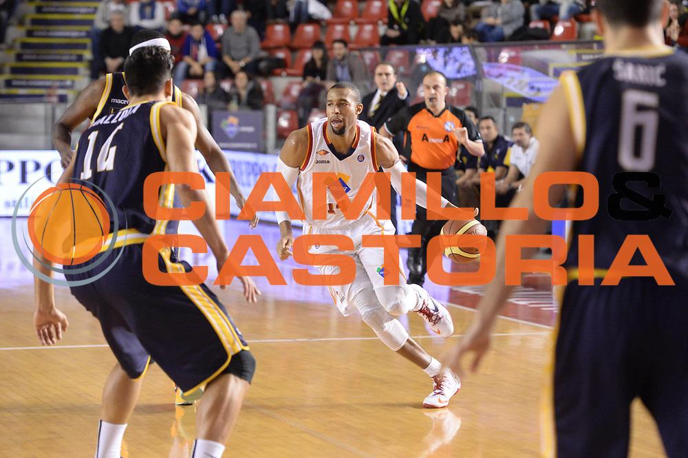 DESCRIZIONE : Campionato 2013/14 Acea Virtus Roma - Sutor Montegranaro<br /> GIOCATORE : Quinton Hosley<br /> CATEGORIA : Palleggio Composizione<br /> SQUADRA : Acea Virtus Roma<br /> EVENTO : LegaBasket Serie A Beko 2013/2014<br /> GARA : Acea Virtus Roma - Sutor Montegranaro<br /> DATA : 18/01/2014<br /> SPORT : Pallacanestro <br /> AUTORE : Agenzia Ciamillo-Castoria / GiulioCiamillo<br /> Galleria : LegaBasket Serie A Beko 2013/2014<br /> Fotonotizia : Campionato 2013/14 Acea Virtus Roma - Sutor Montegranaro<br /> Predefinita :