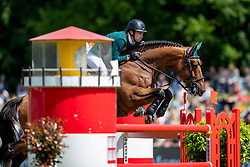WHITAKER William (GBR), RMF Cadeau de Muze<br /> Hamburg - 90. Deutsches Spring- und Dressur Derby 2019<br /> GLOBAL CHAMPIONS LEAGUE<br /> CSI5* Int. Springprüfung nach Fehlern und Zeit <br /> Wertungsprüfung der Global Champions League <br /> Qualifikation zum LGCT Grand Prix<br /> 01. Juni 2019<br /> © www.sportfotos-lafrentz.de/Stefan Lafrentz