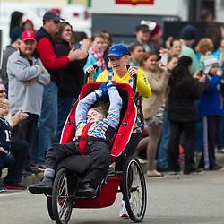 2013 Boston Marathon: handicapped team on marathon course