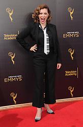 Rachel Bloom bei den Creative Arts Emmy Awards in Los Angeles / 100916<br /> <br /> <br /> *** at the Creative Arts Emmy Awards in Los Angeles on September 10, 2016 ***