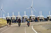 Nederland, The Netherlands, Neeltje Jans, 26-3-2016Vanf het voormalige werkeiland Neeltje Jans is een goed zicht op de oosterscheldekering . Het is samen met het bezoekerscentrum een toeristische attractie  .FOTO: FLIP FRANSSEN/ HH