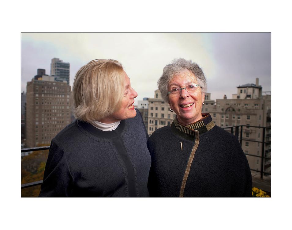 Caroline Simon, left, and Lynne Berman the two women who started the Philadelphia School, a private Center City school, 40 years ago, at Simons Philadelphia home. (Ed Hille / Staff Photographer) rrxschool19 119668 November 15, 2010 Editors Note: