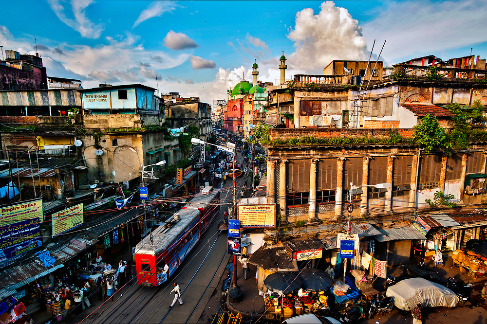 Calcutta's greatest thoroughfare, Chitpur Road winds through the city center, where Muslims families of modest means and wealthy Marwari merchants and their extended families live side by side. From this and nearby neighborhoods sprang the Bengali Renaissance, reform movement of the nineteenth and early twentieth centuries that championed social justice in caste-plagued India.© Steve Raymer / National Geographic Creative