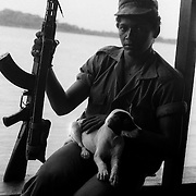 SOLDADO SANDINISTA , RIO SAN JUAN.NICARAGUA. 1985
