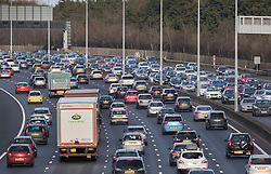© Licensed to London News Pictures. 26/12/2017. Drivers move through slow traffic on the western section of the M25 today. London, UK. Photo credit: Peter Macdiarmid/LNP